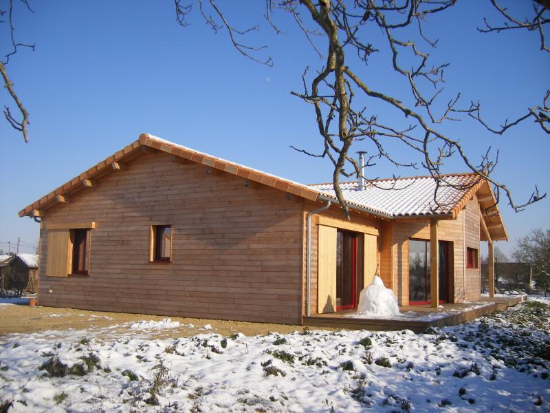 Maison bois charpente g cardineau deux s vres 79 et for Architecte bressuire