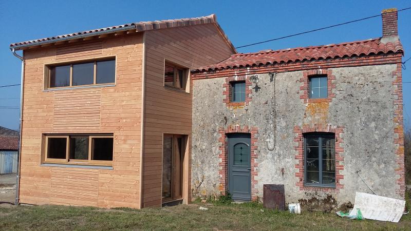 Extensions charpente g cardineau deux s vres 79 et for Architecte bressuire